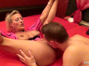 German Real MILF Prostitute Lana Fuck And Film In Hannover