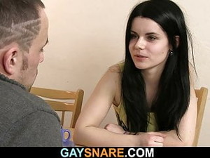 Hot-looking Hunk Gives Gay Blowjob Then Fucks Him