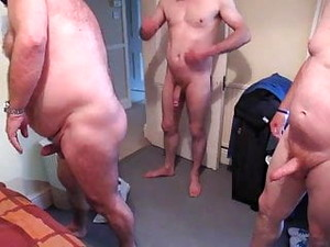 Cleve 6sum Arse Gangbang 13 Oct 2013
