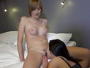 OmaHunter Tall Old Woman And Sexy Teen Girl Mastur