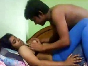 Kinky Indian Slut And Horny Dude Get Busy In Bed