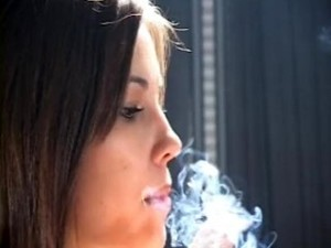 Lovely Fi Smokes Her Reds Sexy