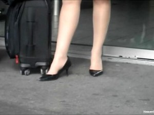 Stewardess Dipping Shoeplay In Pumps