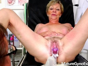Sexy Mature Woman Cervix Gyno Exam + Vaginal Irrigation -MatureGynoExam.com