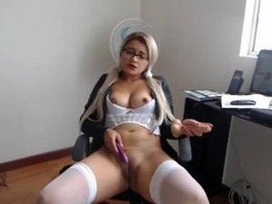 Boss Leaves Latina No Option But To Let Him Fuck Her After Catching Her