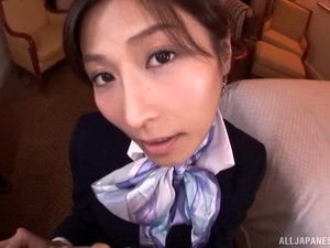 Classy Japanese Stewardess Takes Customer Service To A New Level