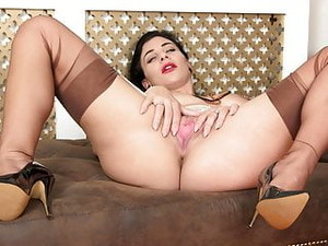 Busty Brunette Wanks Off In Vintage Nylons Garters Stilettos