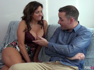 Sienna Hudson Can't Stop Chasing Younger Men And She Fucks Like A Pro