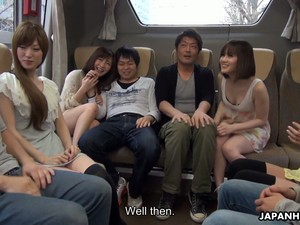 Pretty Japanese Adventurous Gal Mitsuka Koizumi Gives A Blowjob In The Bus