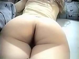 Cum On Bubble Butt Of Sleeping Teen
