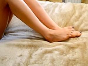 Pakistani Girl Giving Foot Job