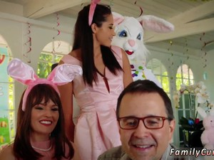 New Cronys Step Daughter Swallows And  Slow Seduction Xxx Uncle Fuck Bunny