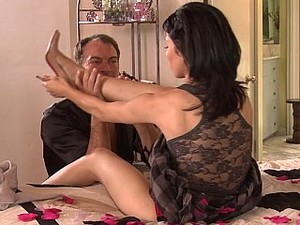 Lick My Feet & Pussy First