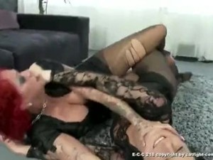 Pantyhose Catfight 2