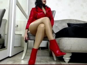 Webcambabe Celia In Leather