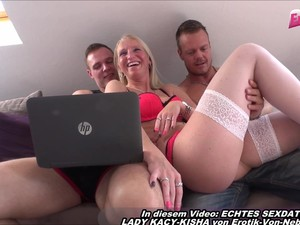German Amateur Milf Threesome And Facial