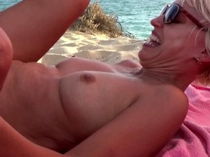 5 Cocks And 1 Pussy Gangbang At The Beach.