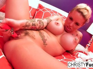 Sexy Curvy Tattooed Starlet Christy Mack Uses A Toy On Her Tight Pussy