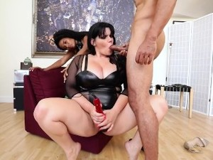 Curvy Angelina Castro Gets Kinky With Her Sex Therapists!!!