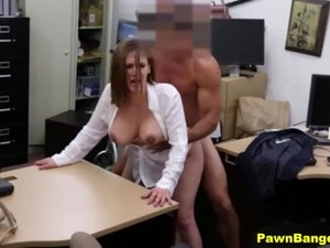 Shy Chubby Mom Takes Suck'N'Fuck For Cash Deal In Local Pawn Store