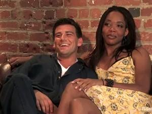 Slender Ebony Bitch Fucks Her New Boyfriend