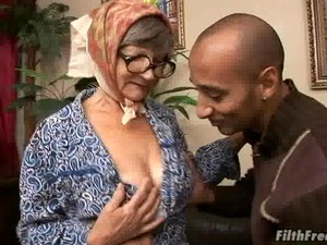 Granny Inci Getting Boned By A Handsome Mature Cunt-loving Dude
