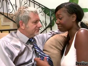Jessica Grabbit The Busty Ebony Chick Gets Fucked By Old Man