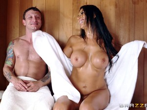 Sweaty Couple Fucking Like Crazy In A Sauna At The Gym