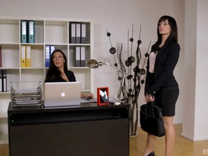 Tempting Redheaded Secretary Fucks A Hot Girl In Stockings