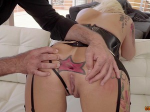 Candela Is Totally Ready To Take The Cock Into Her Tattooed Ass
