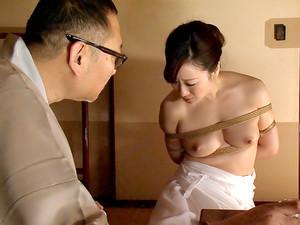 Housewife Yu Begins Her Bondage Training