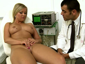 Gyno Exam With Hot Chicks Like Sunny Diamond, Leyla Black & Lana Louis