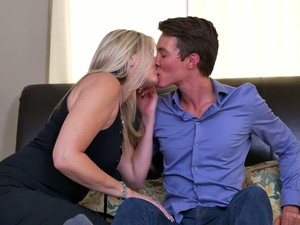 Appetizing Looking Curvy Housewife Velvet Skye Gets Hammered Missionary