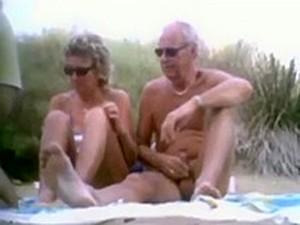 Beach Cuckwives 1
