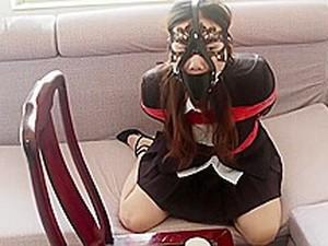 Asiatischer Porno,BDSM,Brünette,Tief im hals,Knebeln,Stiefel,Allein