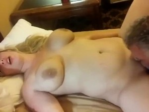 Son Films His Father Eating Mom's Pussy On Vacation