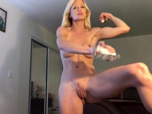 Fit Muscle MILF Flexes And Shows Off Her Oiled, Toned Nude Body & Biceps