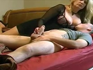 Mommy Wants Your Cum In Her Before Bedtime