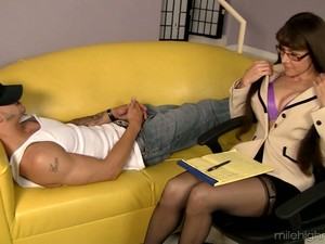 Big Breasted Psychologist Alexandra Silk Treats Her Client With Awesome Fuck