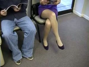 Spying On Good Looking Chick In The Doctor's Office