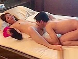 Aku Bercinta Dengan Istri Temanku Di Hotel