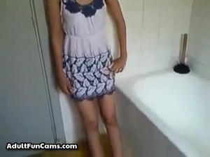 My Gf Little Cousin Caught Squirt On Webcam Video