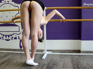 Zealous Flexible Julia Fiatal Takes Kinky Poses While Being Completely Naked