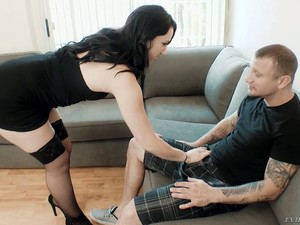 Zealous Mandy Muse Takes Really Massive Cocks Into Both Of Her Holes