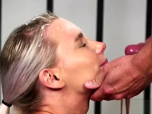 Spicy Model Gets Sperm Shot On Her Face Gulping All The Juice