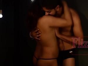 Ебля в жопу,Игра,Индийское порно