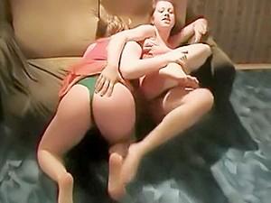 Kadın dövüşü,Fetiş,Lezbiyenler,Rus pornosu
