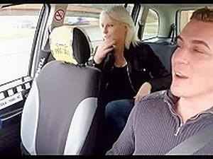 Ceh,Camera ascunsa,Taxi