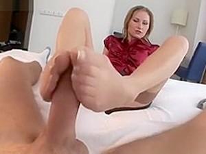 Hot Girl Footjob