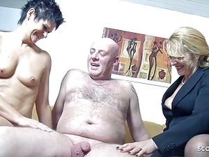 おばあちゃん,夫,垂れ乳